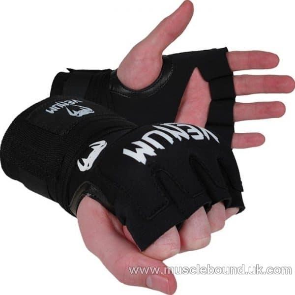VENUM KONTACT GEL WRAP ADULT HAND WRAPS BLACK