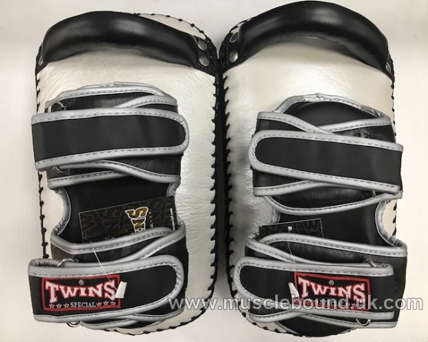 KPL-12 Twins Deluxe Curved Leather Kick Pads silver/black