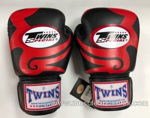 Twins black/ red triple gloves